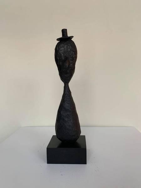 Bilde av Skulptur: Antikvaren i 3.etg.